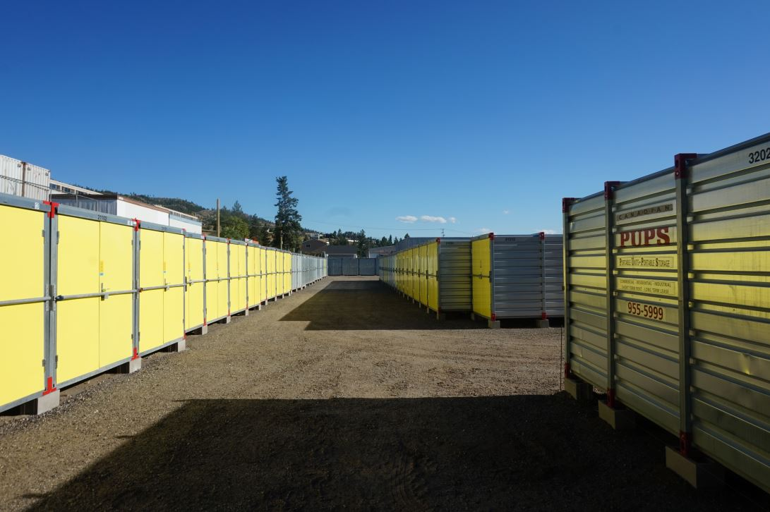 storage unit, row, yellow, penticton
